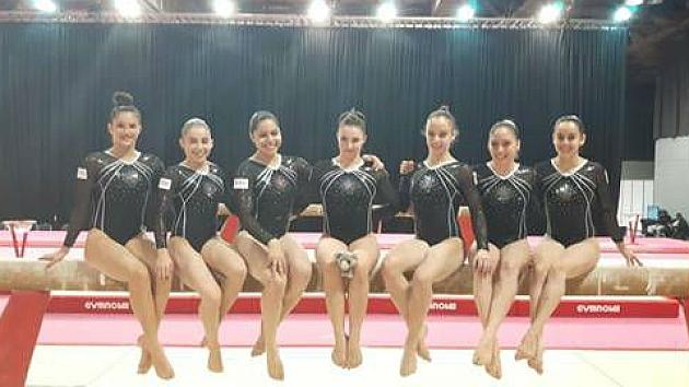 El equipo femenino español participante en los Mundiales.