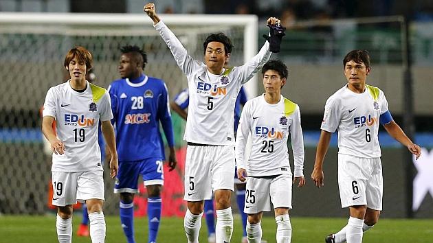 Los juadores del Sanfrecce Hiroshima celebran la victoria. FOTO: REUTERS