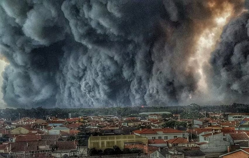 Wildfires_Portugal_2017.jpg.820x520_q95_crop-smart.jpg