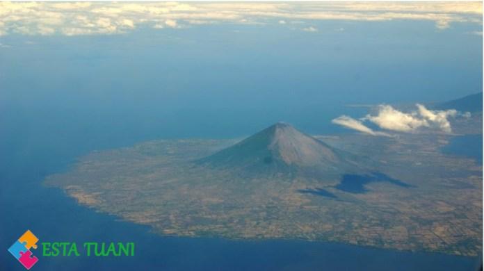Los Lagos mas grandes de Centroamerica, Isla de Ometepe, Gran Lago de Nicaragua