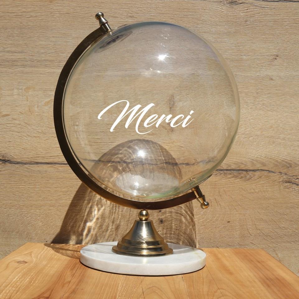 location-globe-verre