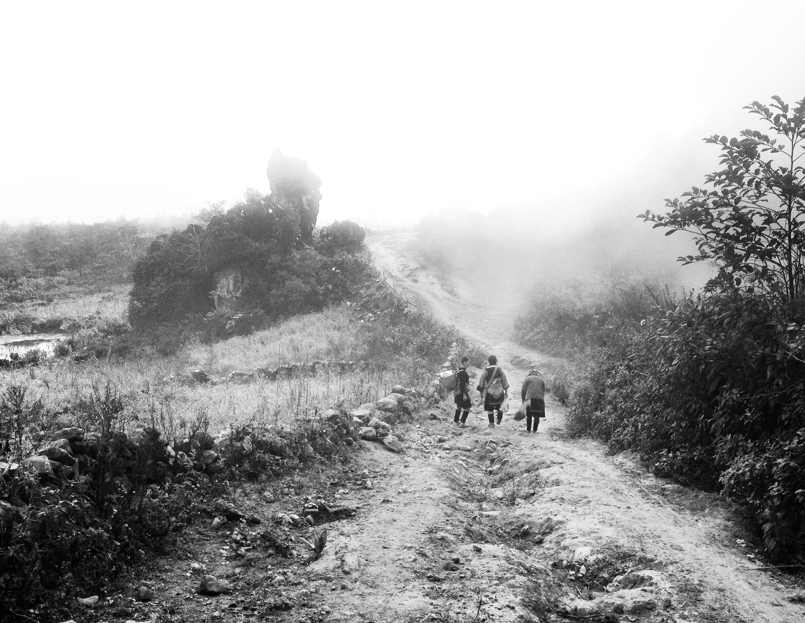 Guides Hmong dans les montagnes de Sapa, Vietnam