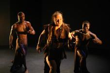 Djahilya (MAI Montréal, arts interculturels, nov. 2007, chorégraphie d'Aboubacar Mané)