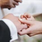 friend is marrying a loser