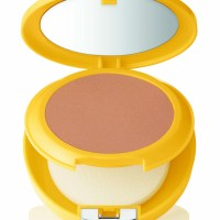 NUOVO Clinique SPF 30 Mineral Powder Makeup