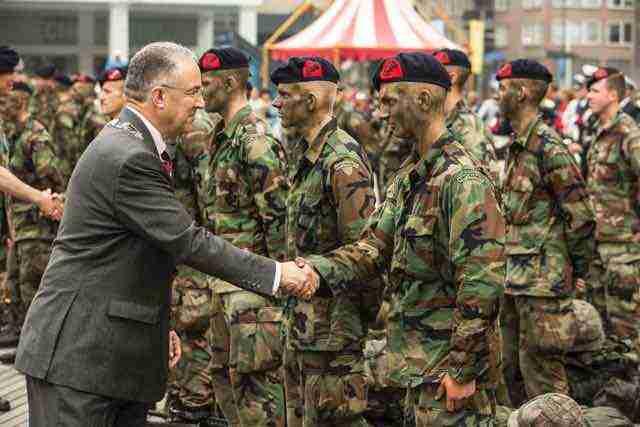 Abutaleb feliciteert elitetroepen