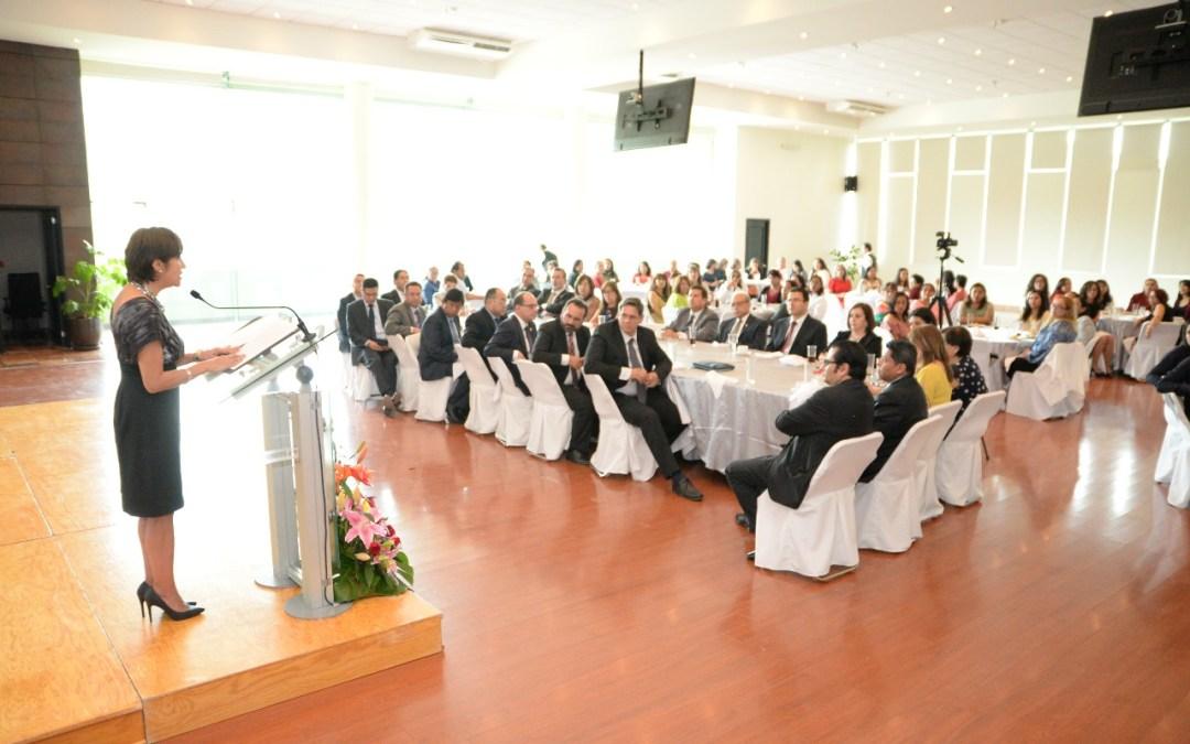 Reconocen labor de las secretarias del Poder Judicial