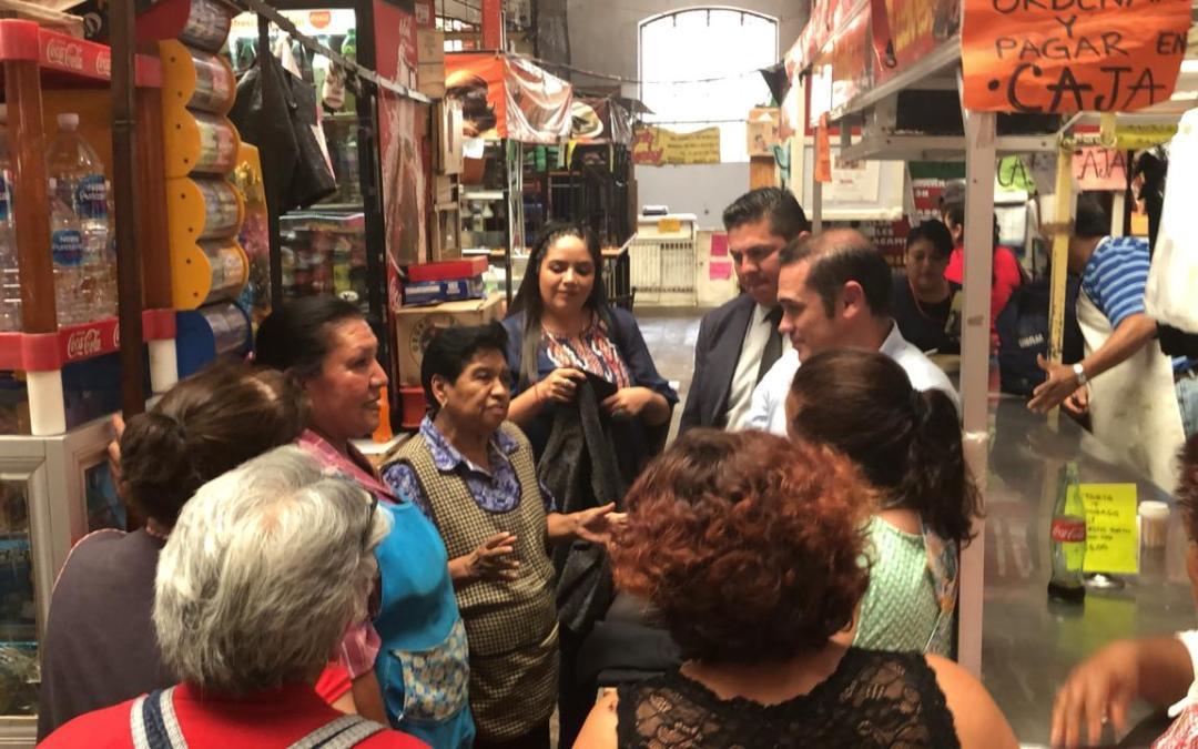 Acuerda Navarro revisar estatus de estructuras metálicas en el exterior del Mercado Hidalgo