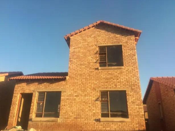 Newly Built 3 Bedroom Duplex House in Dawn Park - Wadeville, Johannesburg, Gauteng - Price R699,000