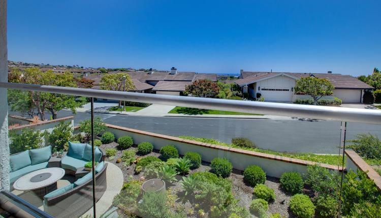 3 Bedroom Single Family Home on 6,144 Square Foot Yard in Corona del Mar, California