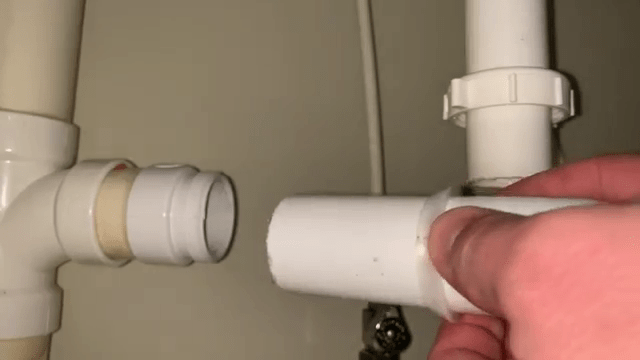 How To Install Rubber Seal Rings and Slip Nuts on PVC Pipe Joints (2)