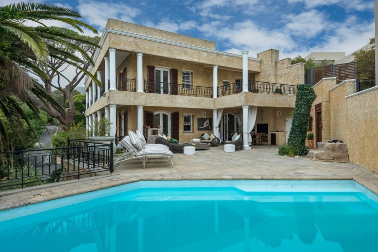 4 Bedroom House For Sale in Camps Bay 17 Blinkwater Road R24950000