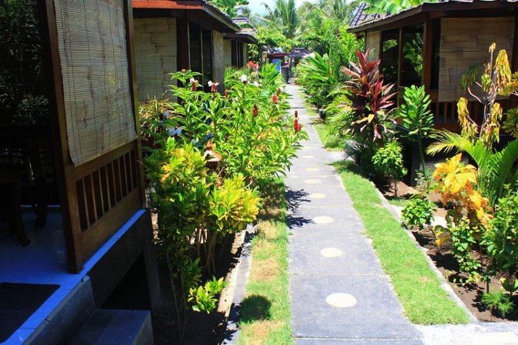 Colour Cottages Pemenang West Nusa Tenggara Indonesia (3)