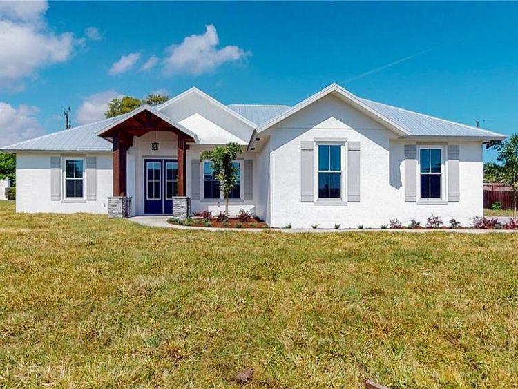 Newly Built 4 Bedroom House on 2405 SW 33rd Cir Okeechobee Florida 34974 Price 380000 USD (2)