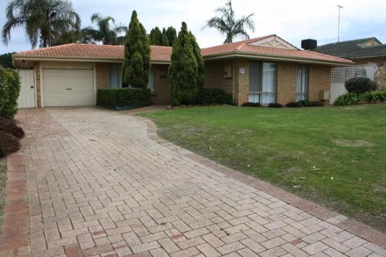 Canal Time House Mandurah (Holiday Home), 71 Coolibah Avenue, Mandurah, Western Australia