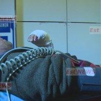 (VIDEO) Misiune grea pentru ambulanțierii împotmoliți în zăpadă, la 10 km distanță de un bărbat grav rănit
