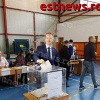 Au votat cu speranța ca românii să trăiască fericiți în țara lor