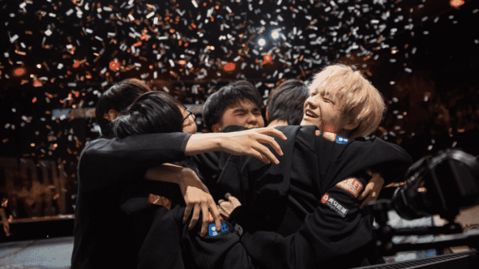 The FunPlus Phoenix (FPX) LoL team celebrating in confetti after winning the 2019 World Championship