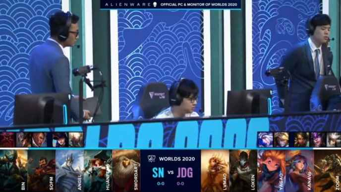 The Suning LoL team on the Worlds 2020 stage before their game against JDG with their game one drafts below