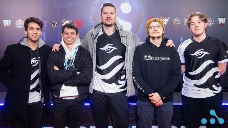 The members of Team Secret pose together for a photo ahead of playing in the EPIC League.