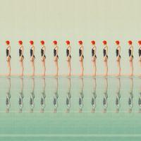 Swimming pool, las bellas fotografías de María Svarbova