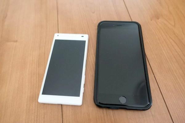 使用機材は以下。 左:Xperia Z5 Compact(E5823) 右:iPhone 6s Plus