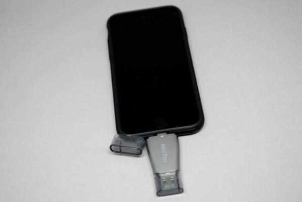 iPhone 7に挿入