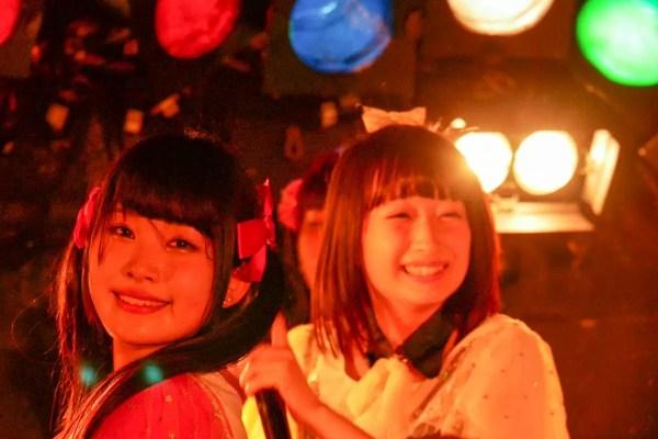 中心的メンバーは茉井良菜(まついらな)と如月愛花(きさらぎまなか)