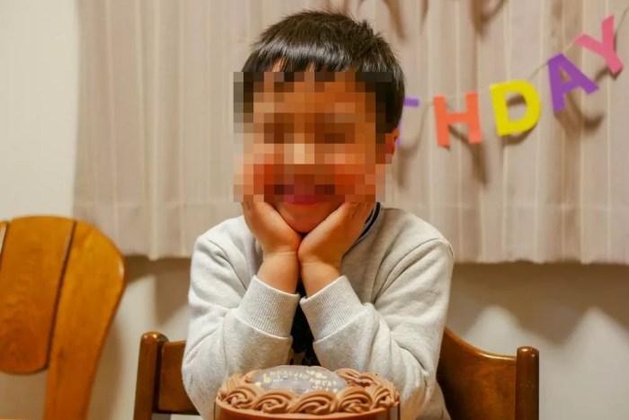 チョコレートケーキと息子