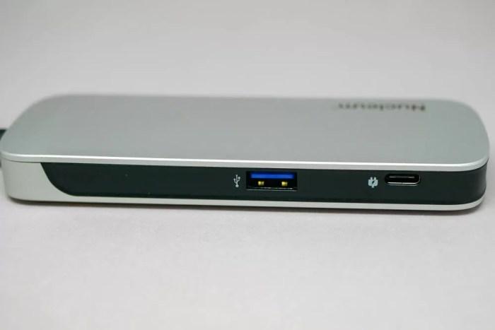 USB-AとUSB-PD対応のUSB-Type Cポート
