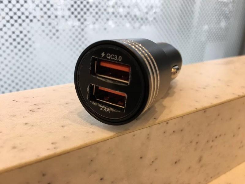 シガーソケット充電器