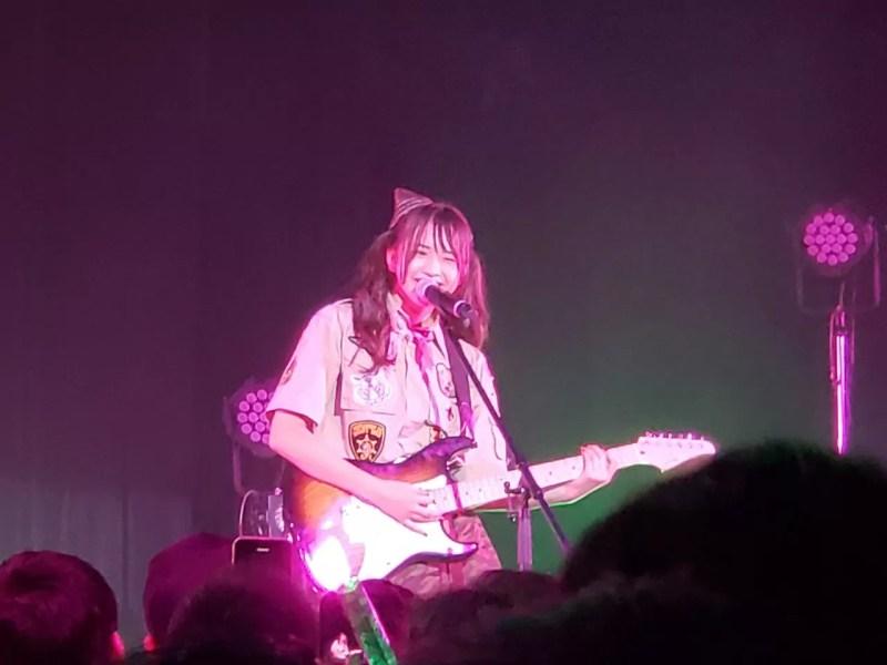 三品瑠香のエレキギター