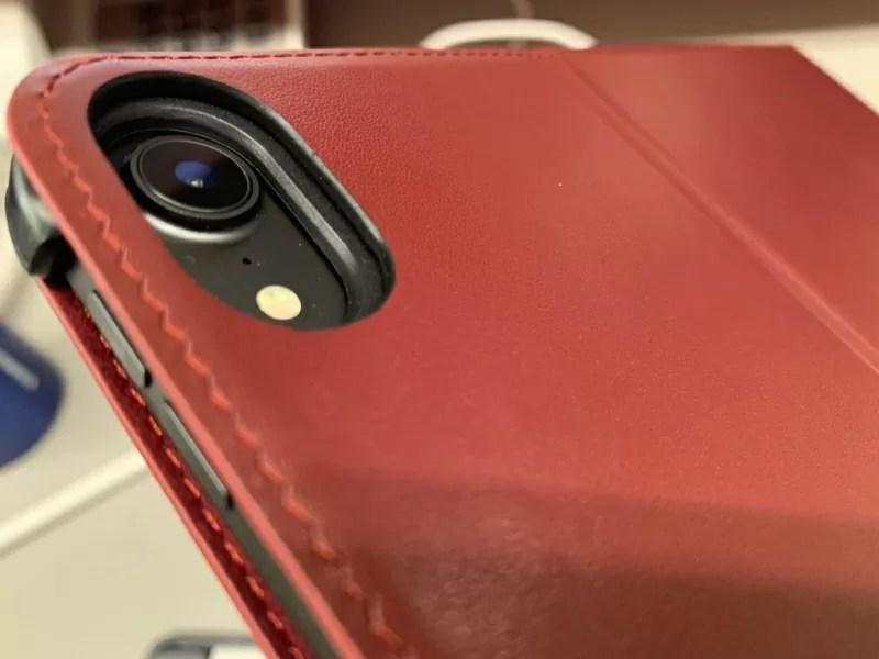 iPad Proの背面カメラレンズもしっかり保護