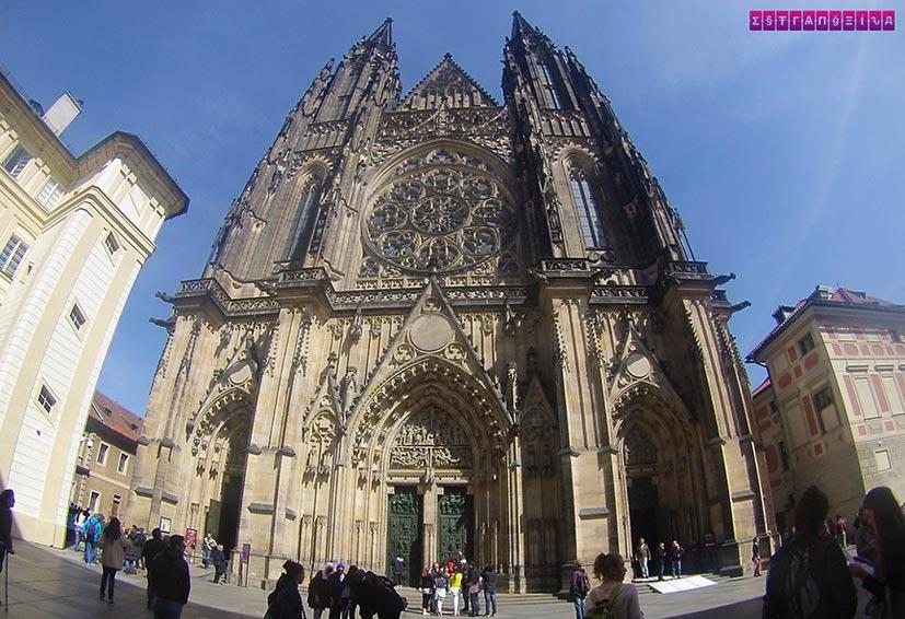 Igreja-sao-vito-Castelo-Praga-republica-tcheca