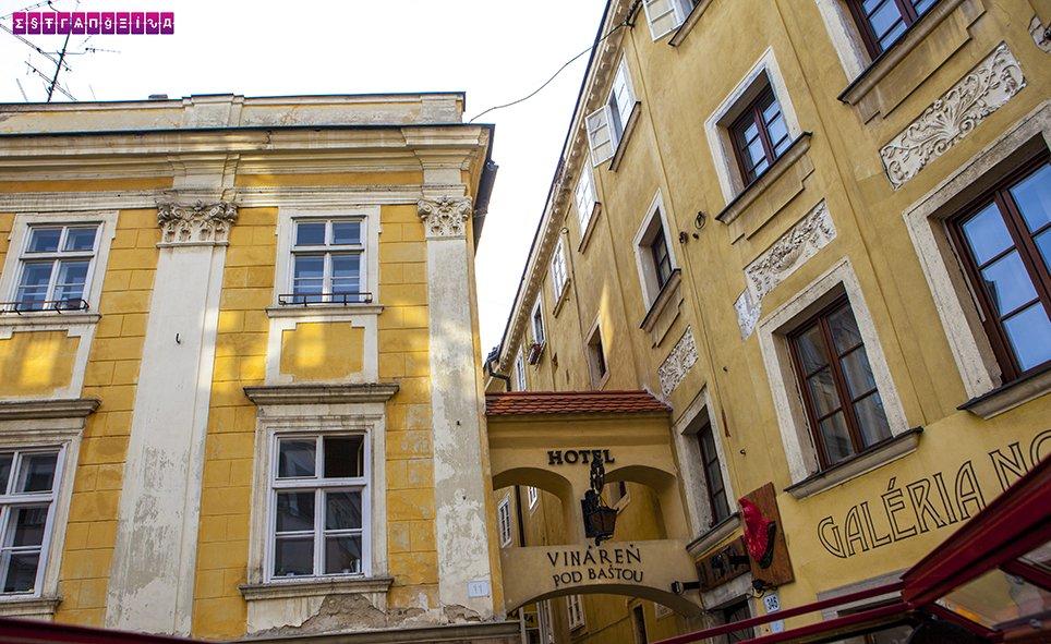 rua-mais-estreira-bratislava-eslovaquia