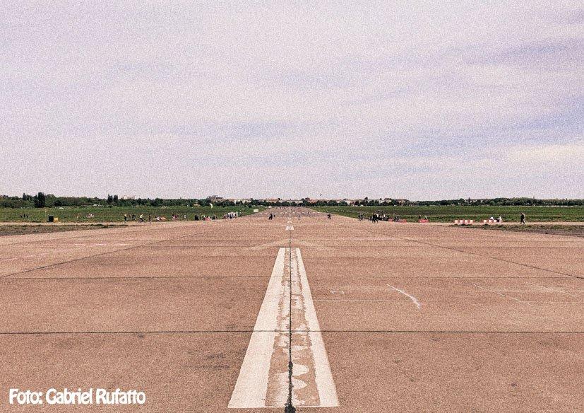 dicas-berlim-no-verao-tempelhof-parque-aeroporto-pista.jpg