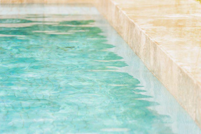 Idée reçue : les travaux de construction d'une piscine sont très longs