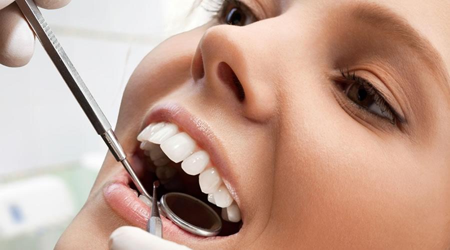 raspado radicular o curetaje y higiene dental