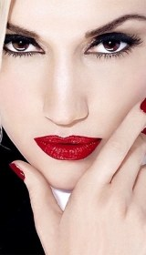 The Trend Dramatic RED Lips