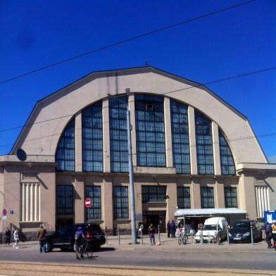 Eine der Hallen des Zentralmarkt