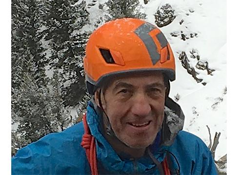 """Juanjo San Sebastian, alpinista: """"Esperientziak kontatzean ikasi duzunaz jabetzen zara"""""""