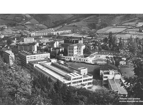 Alfaren sorreraren mendeurrena (1920-2020) gogoratzeko argazki handi bat jarriko da Legarre 19ko horman