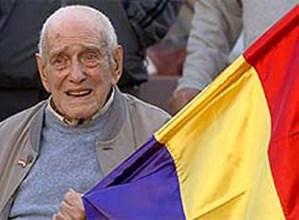 """Errepublikaren bandera hamaika aldiz igo zuen Bittor Lekunberri """"Otxabiña"""" gogoan"""