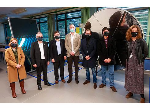 Ingurumen diputatuak Gipuzkoako Ingeniaritza Eskolako instalazioak bisitatu ditu Eibarren