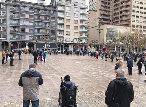 Iraunkortasun Faktorearen kontra protesta egiteko manifestazioa hasiko da gaur 12:00etan Untzagan