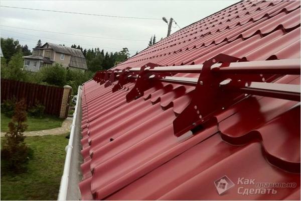 Как установить снегозадержатели - монтаж снегозадержателей на крышу