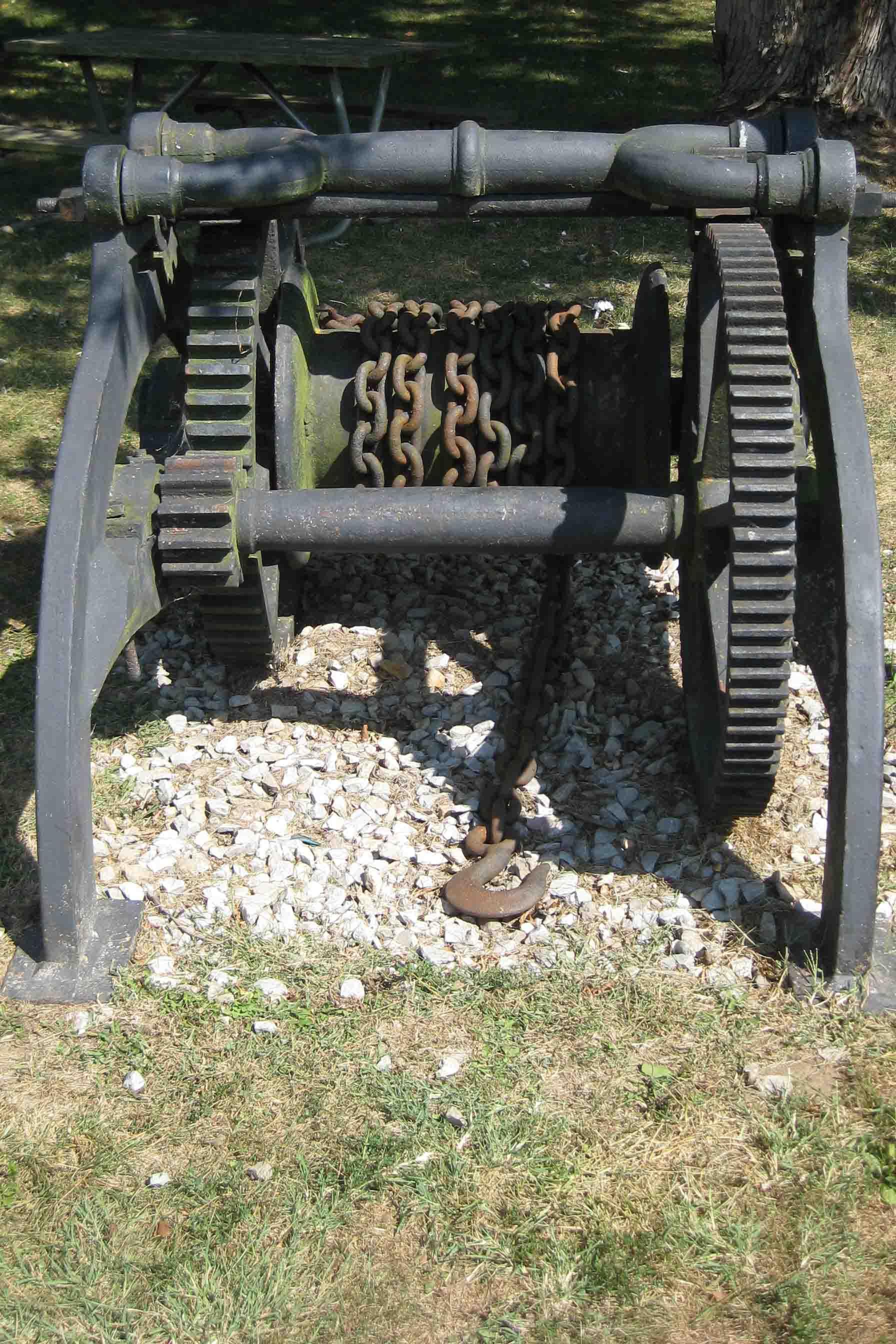 winch at McConnelsville lock