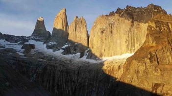 torres del paine sunrise