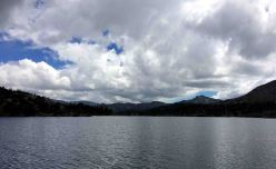 20160828_192101291_iOS lake