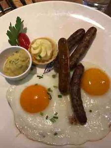 20161226_150220557_ios-breakfast